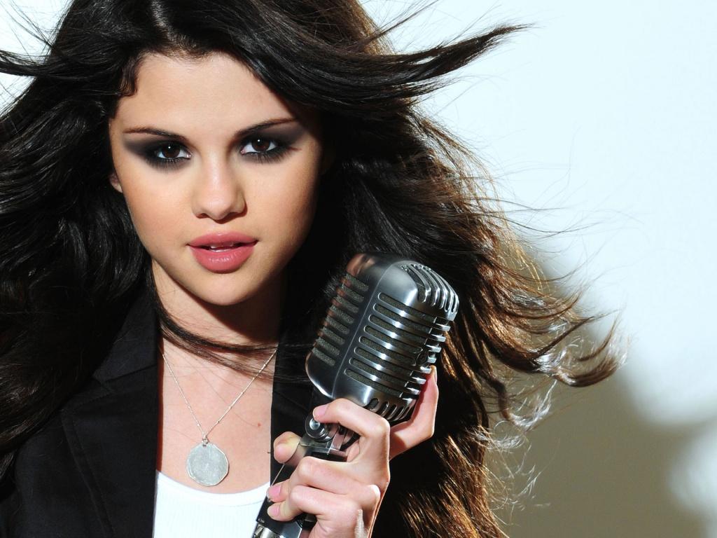 Selena Gomez HD Wallpaper Images Photos 55 HD Quality 1024x768