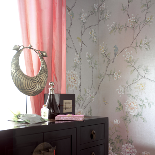 Hand Painted Silk Wallpaper Introduction 600x600