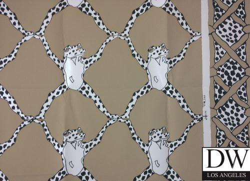 Frog Trellis by CE Tausch with Border [URB 13212] Designer 500x362