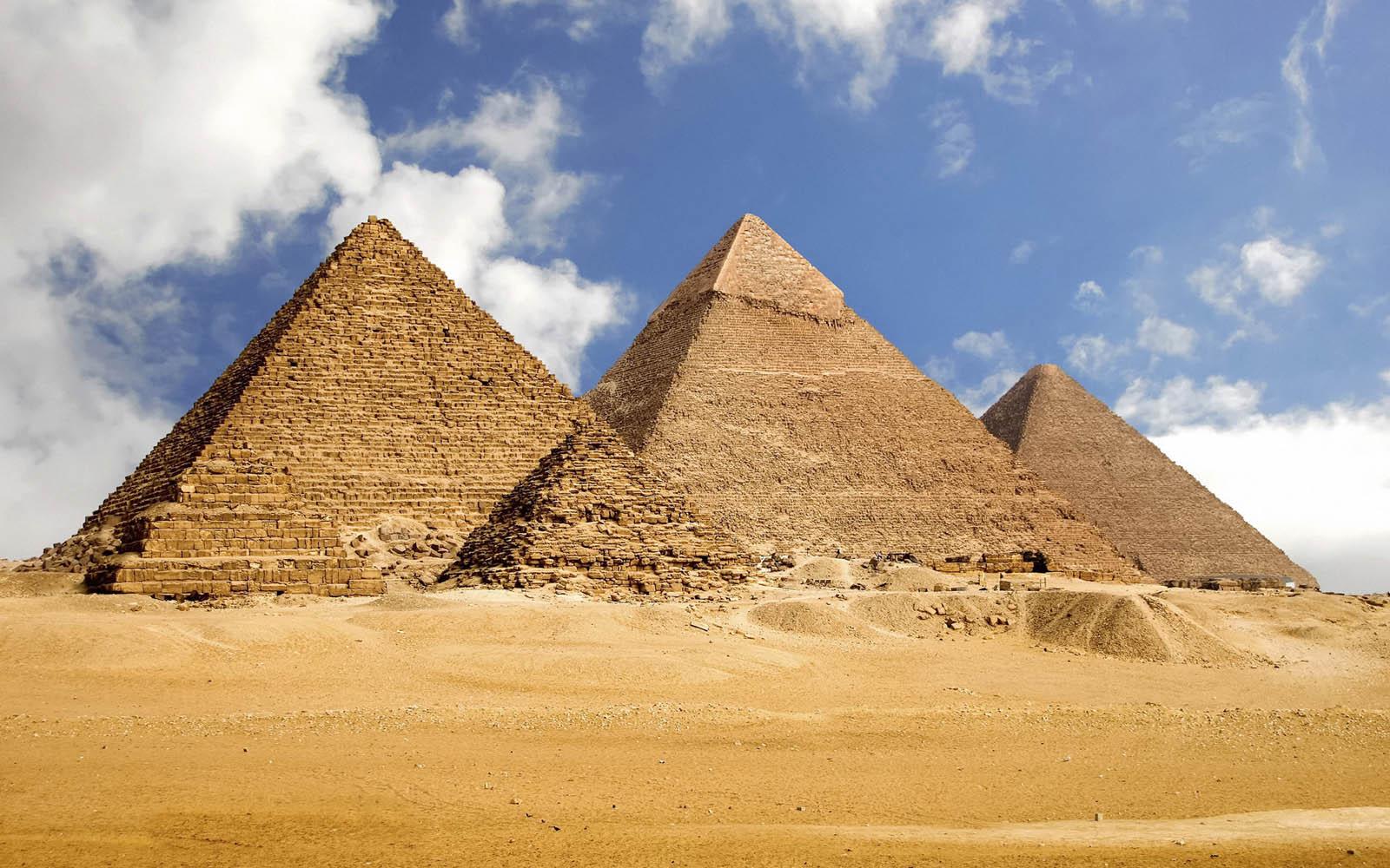 EgyptPyramidsWallpapers5 Egypt Pyramids Wallpapers 1600x1000