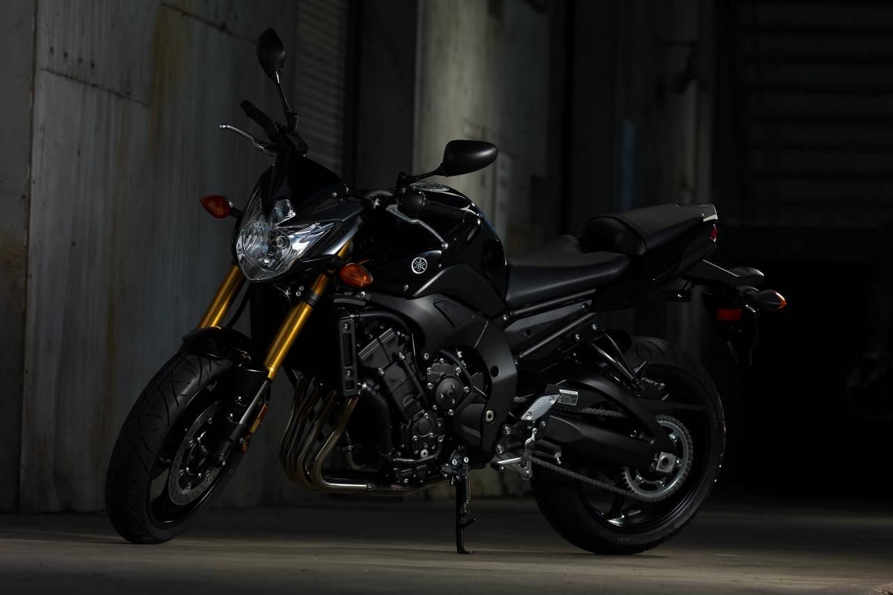 Yamaha FZ8 1280x853
