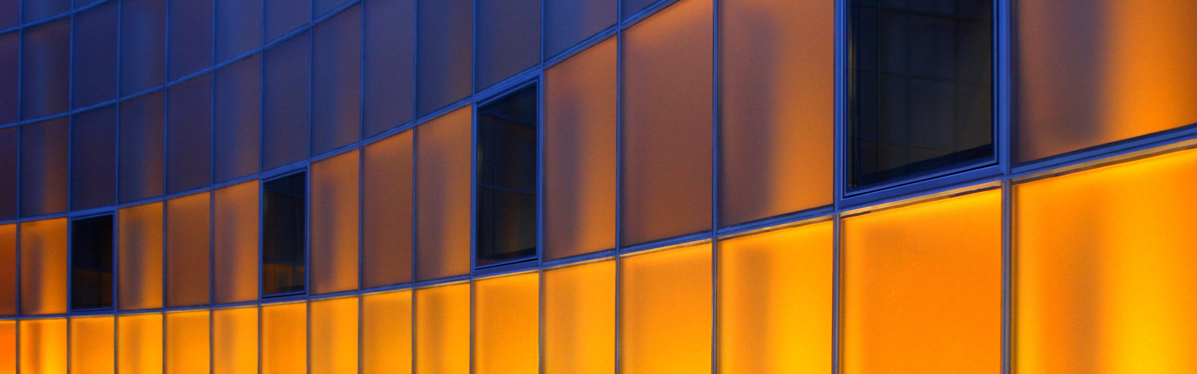 how to set panoramic wallpaper windows 10