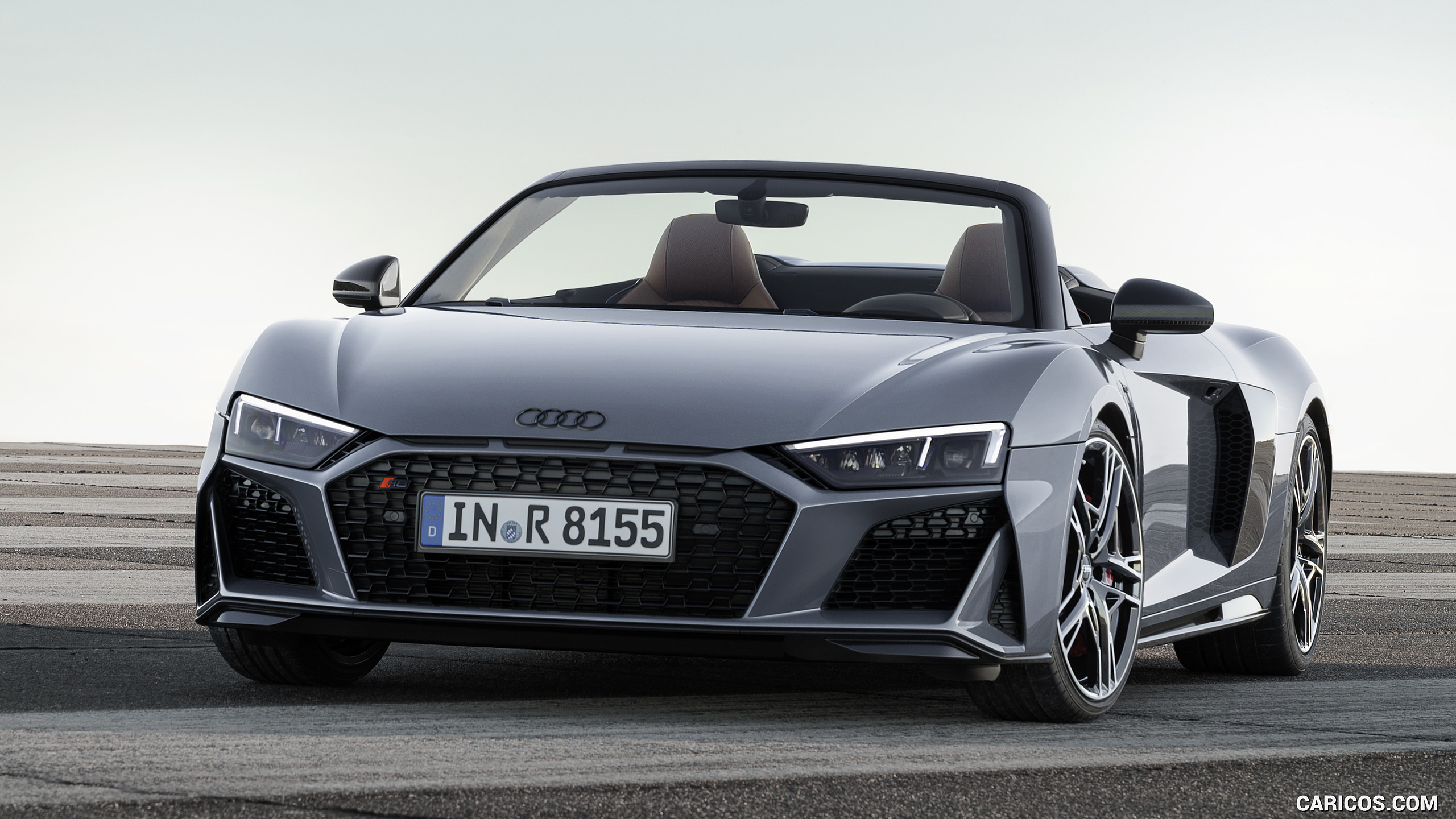 2019 Audi R8 Spyder Color Kemora Gray Metallic   Front HD 2560x1440