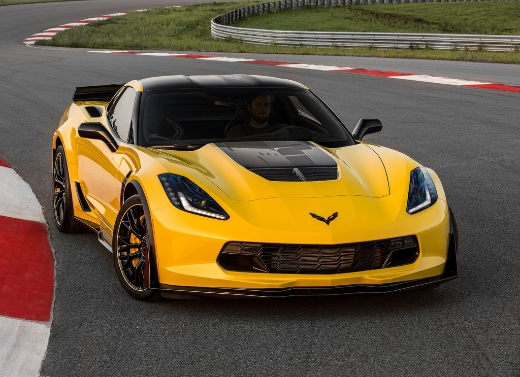 Chevrolet Corvette Z06 C7R Edition 2016 1024x768 wallpaper 01jpg 1024x743