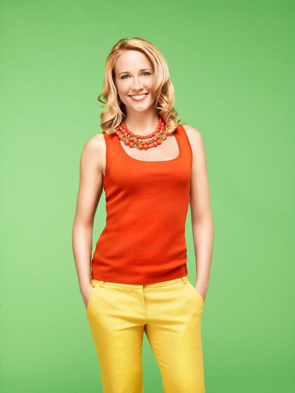 Anna Camp Of The Mindy Project The Good Wife Photo Background 1000x1335