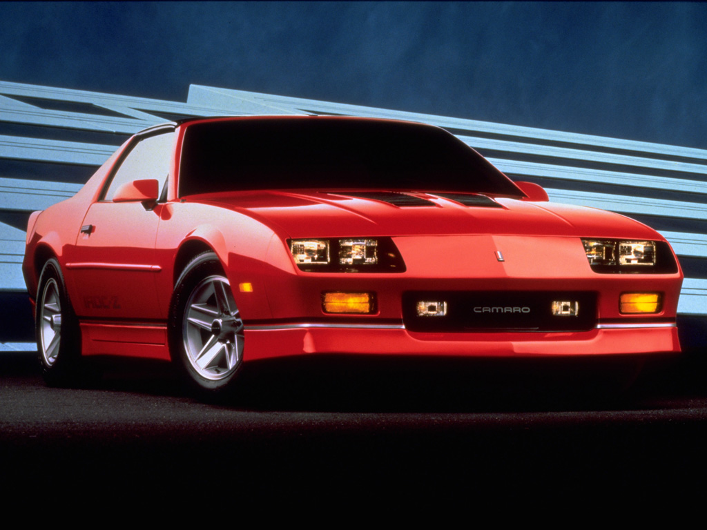 Chevrolet Camaro IROC Z Wallpapers High Quality Download 1024x768