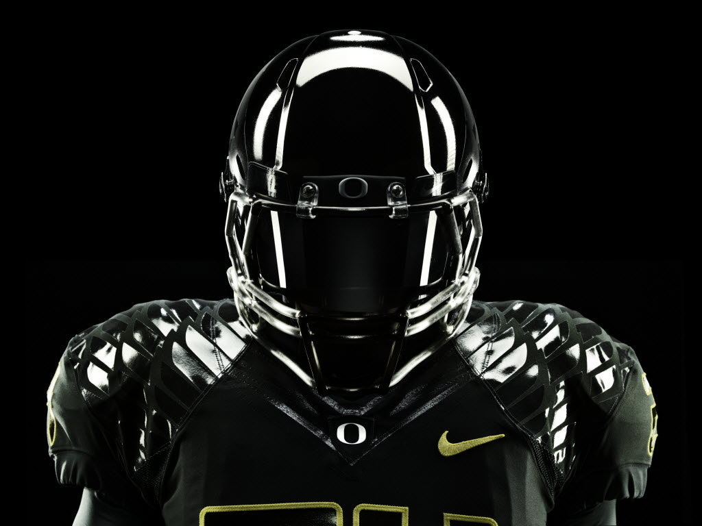 uniforms doesnt extend to Oregon Wisconsin players OregonLivecom 1024x768