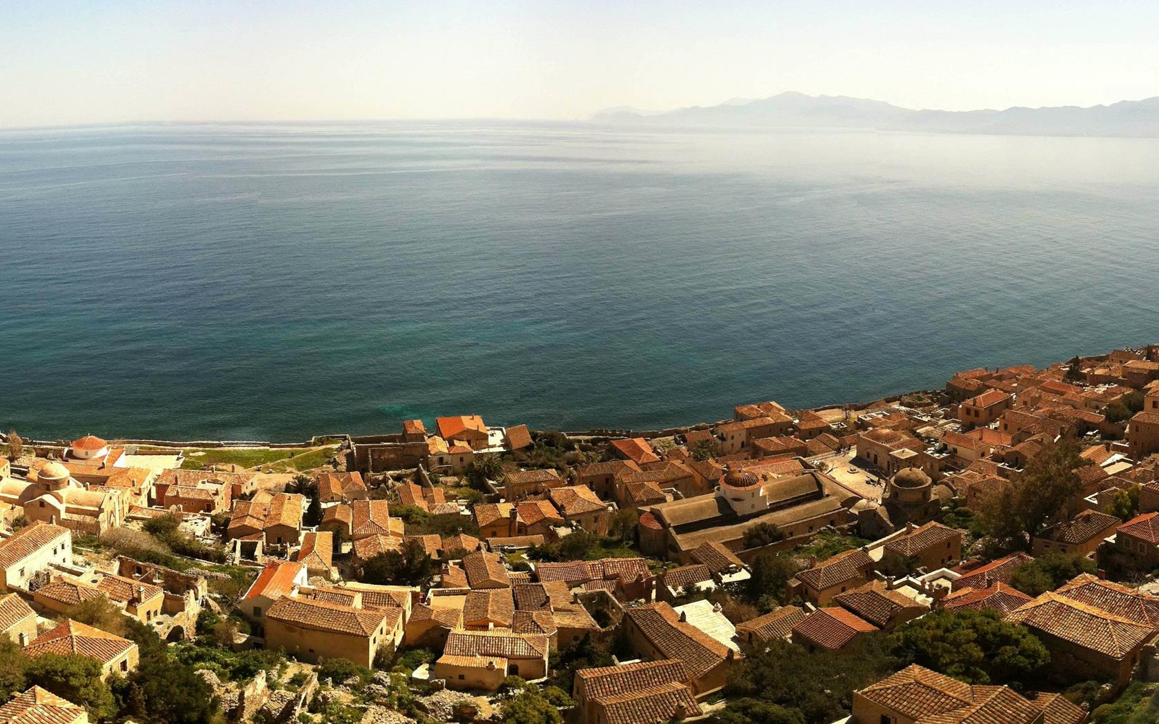 Luxury 5 Star Hotel Gythio Mani Greece Mareggio Luxury Suites 1680x1050