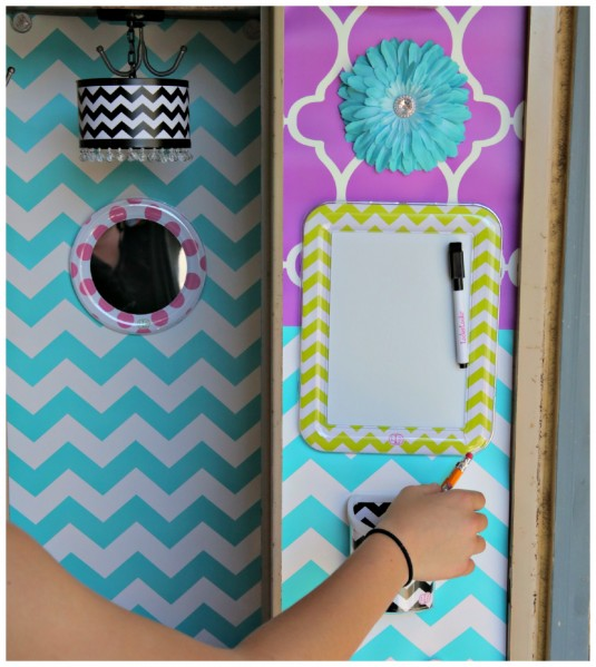 and pencil holders   so easy to decorate your locker with Lockerlookz 535x599