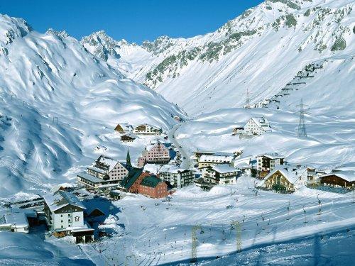 ski resort at arlberg pass tyrol austria wallpapers enjoy ski resort 500x375