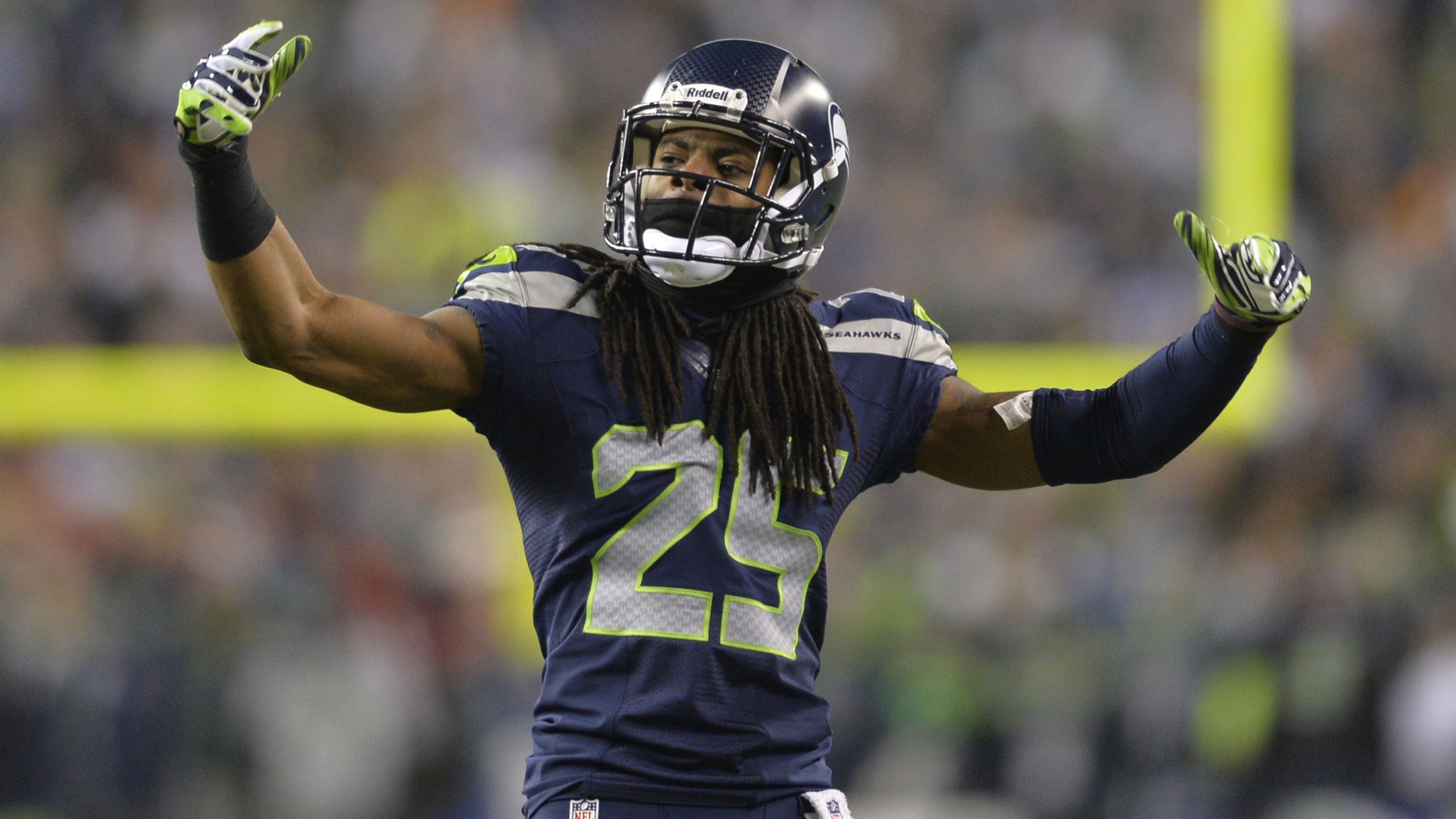 Richard Sherman Seattle Seahawks Wallpapers with High Resolution 3200x1800