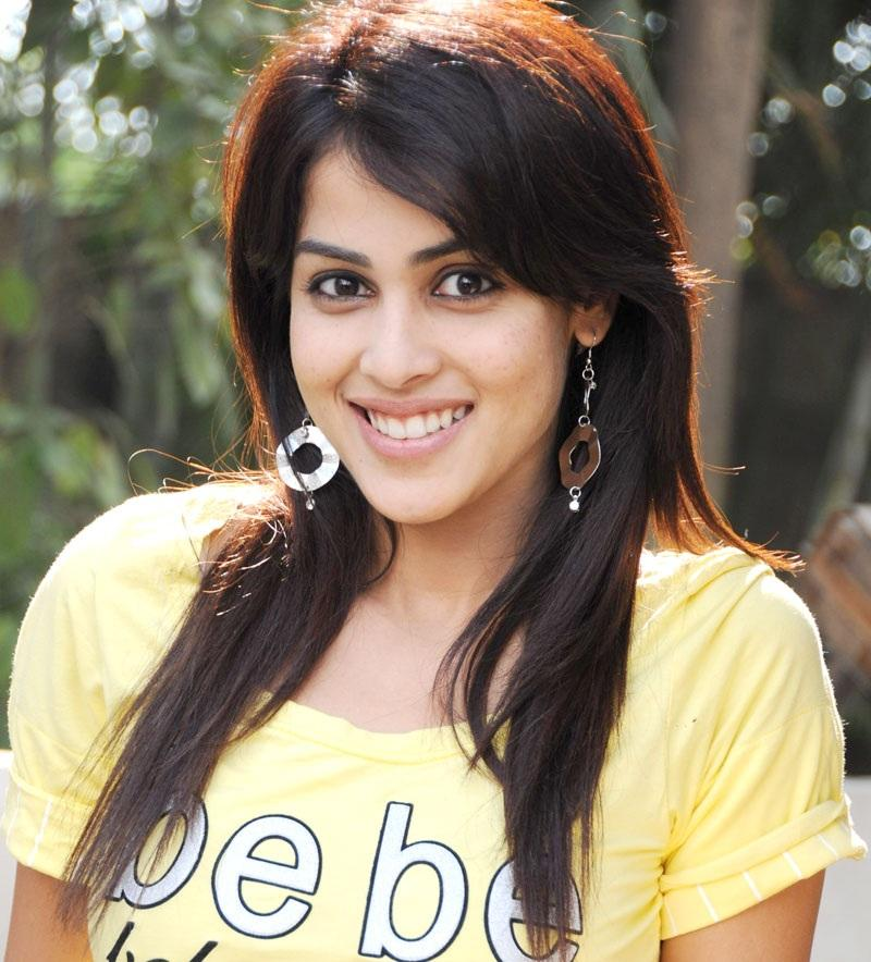 Genelia Dsouza Wallpapers Download Hd Bollywood   Bollywood 800x884