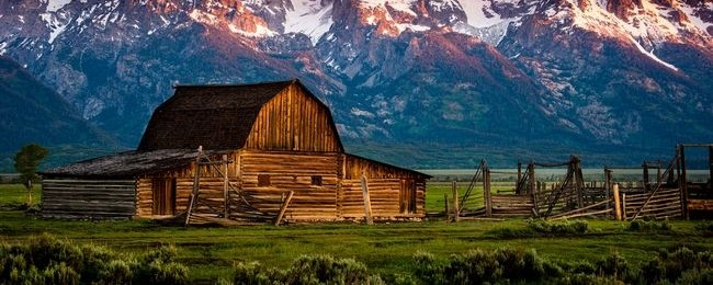 Rustic Barn Background Rustic barns wallpaper 650x260