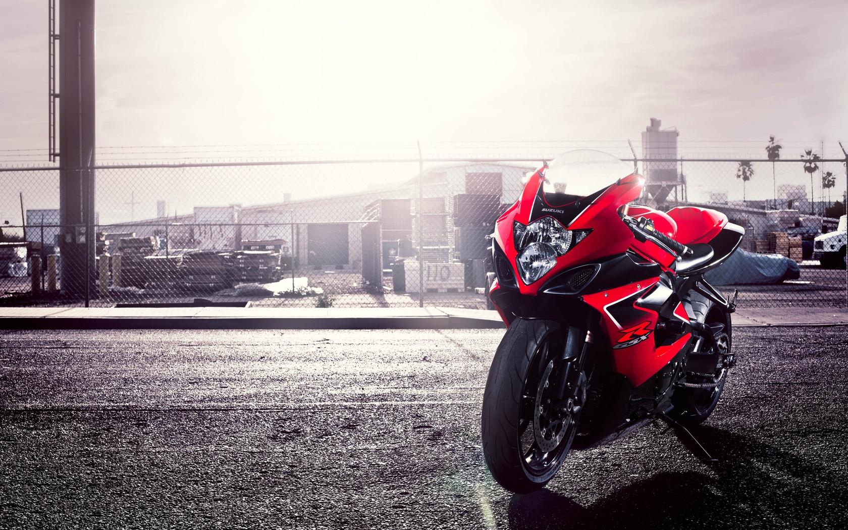 Suzuki GSXR 750 Red Wallpapers   1680x1050   839541 1680x1050