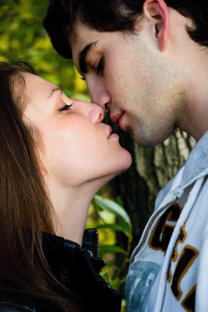 Kissing Hd Com