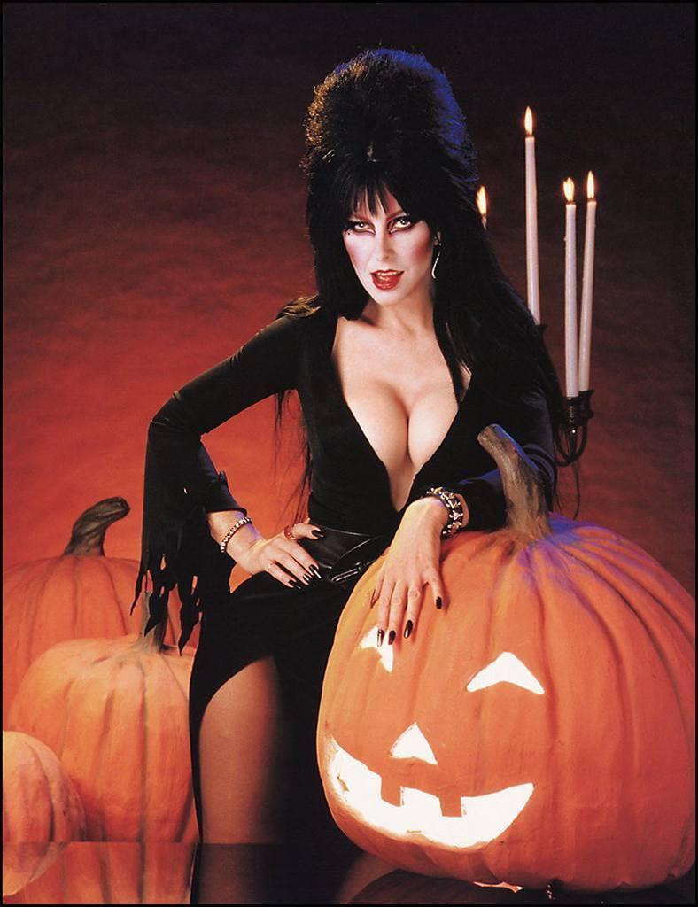 Elvira   Elvira Photo 16363342 788x1024