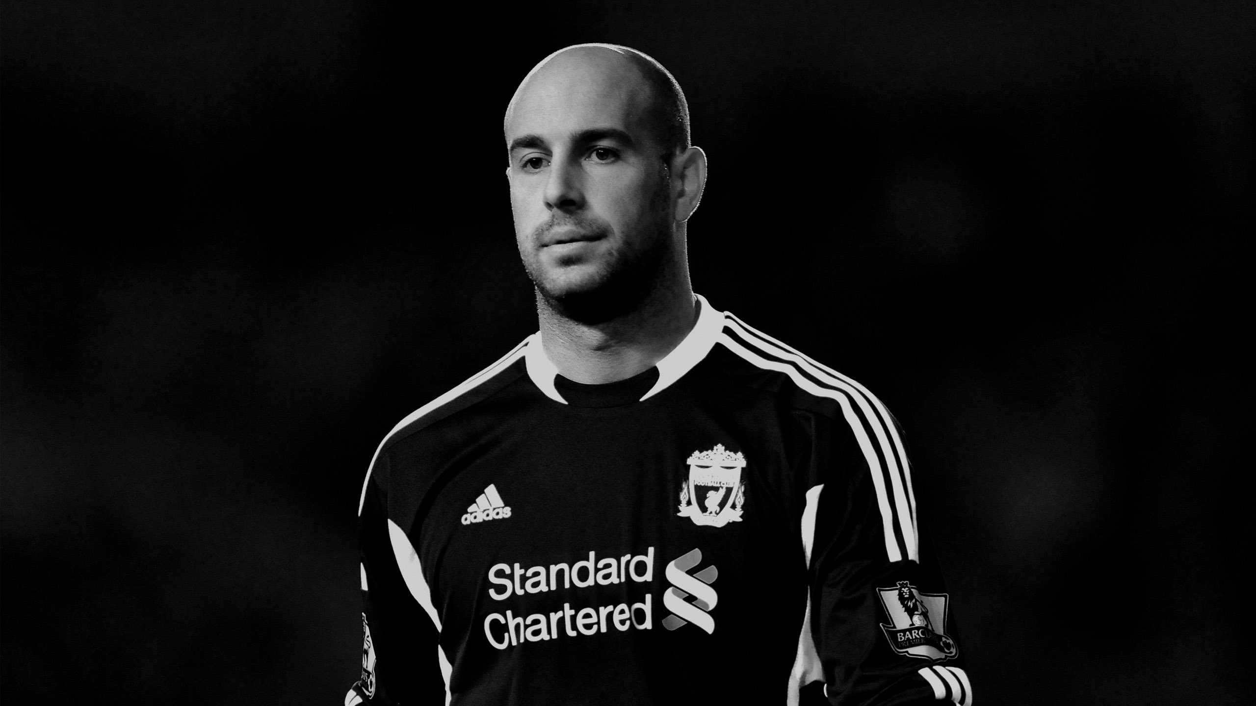 Pepe Reina Wide Wallpaper   Football HD Wallpapers 2560x1440