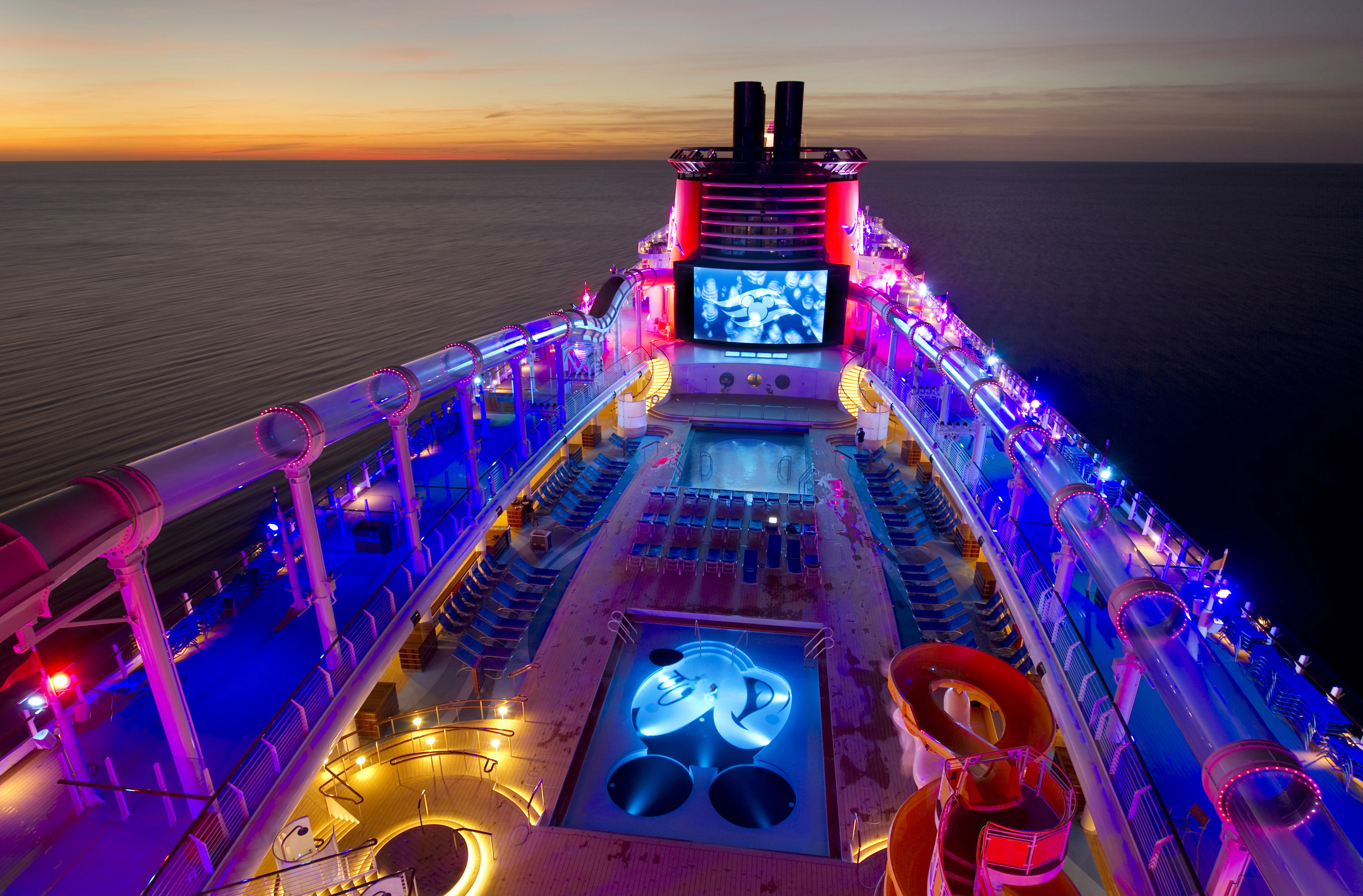 Disney Cruise Lines Disney Dream was named Best Large Ship 3000x1973