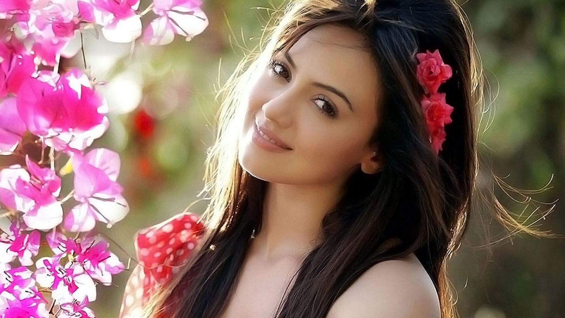 Sana Khan Pictures 1920x1080