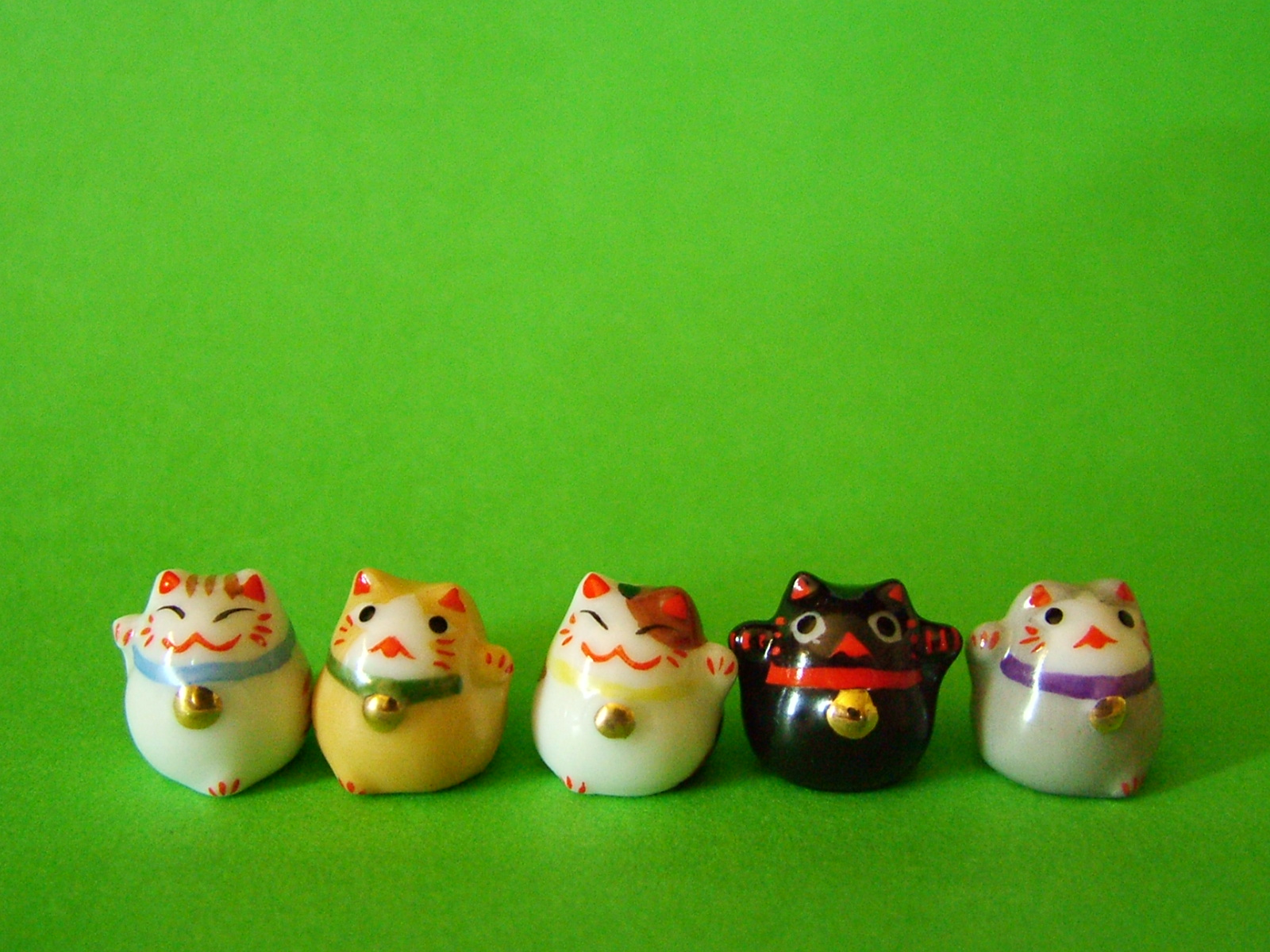 Lucky cats Candys Family 1600x1200