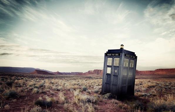 Doctor who bbc doctor who police box police box the tardis tardis 596x380