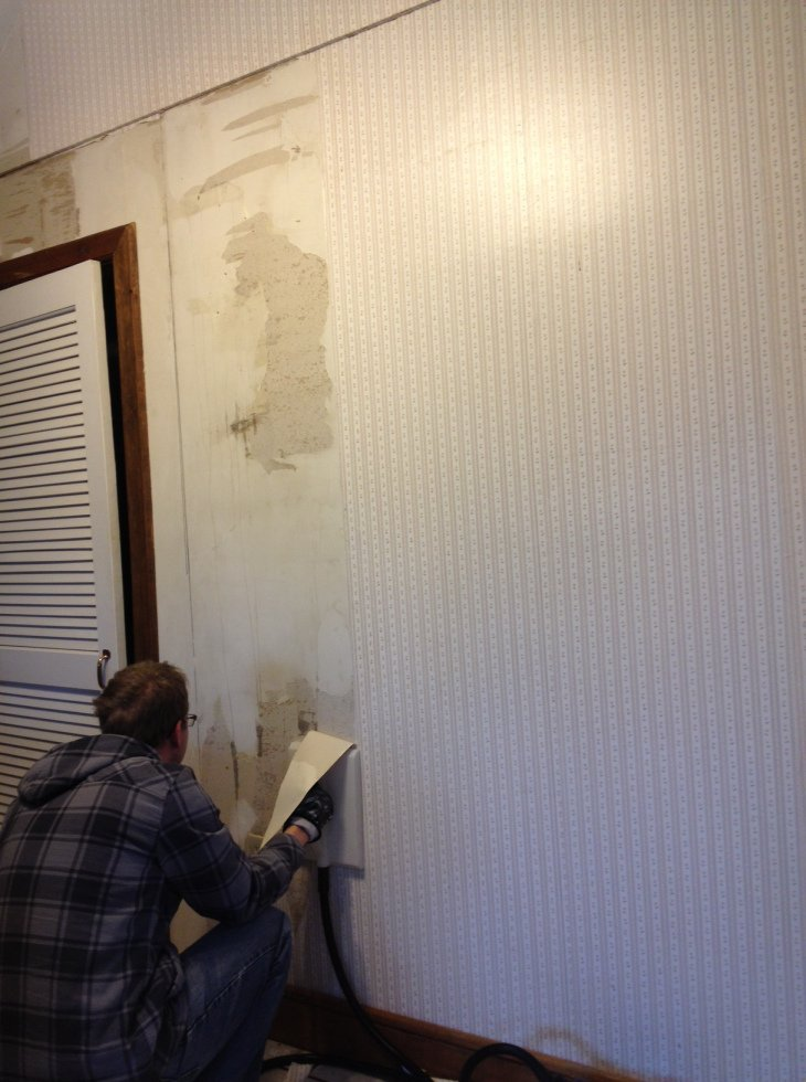 steaming wallpaper on the kitchen wall it was adhered to raw drywall 730x980