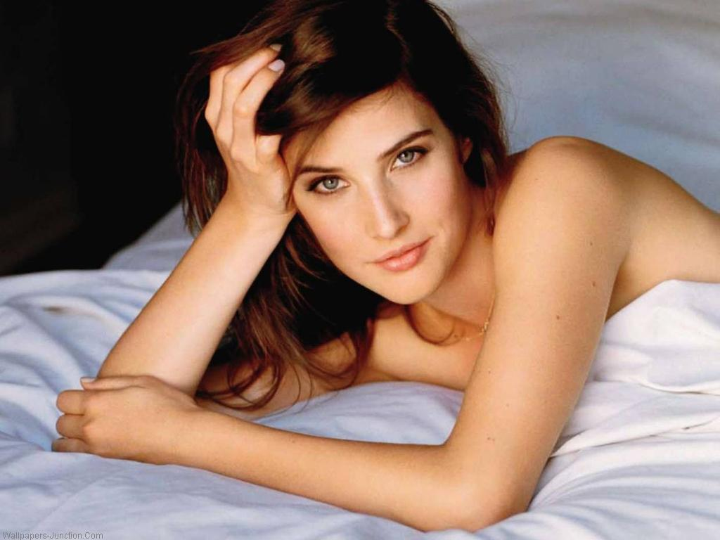 Hollywood Stars Cobie Smulders hd New Nice Wallpapers 2013 1024x768