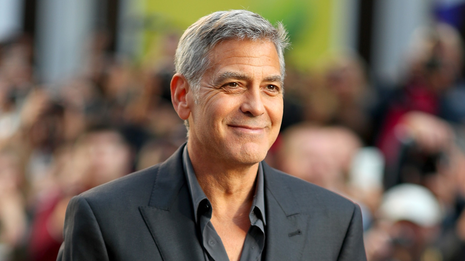 Watch Access Interview George Clooney Auctions Off Motorcycle For 1600x900
