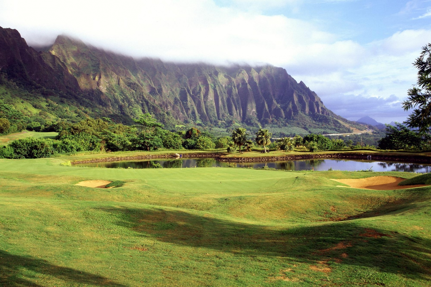 1680x1050 Quiet golf course desktop PC and Mac wallpaper 1680x1120