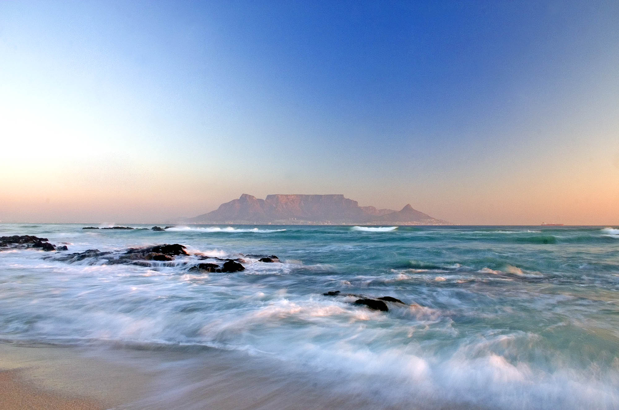 Table Mountain Wallpapers 2000x1326