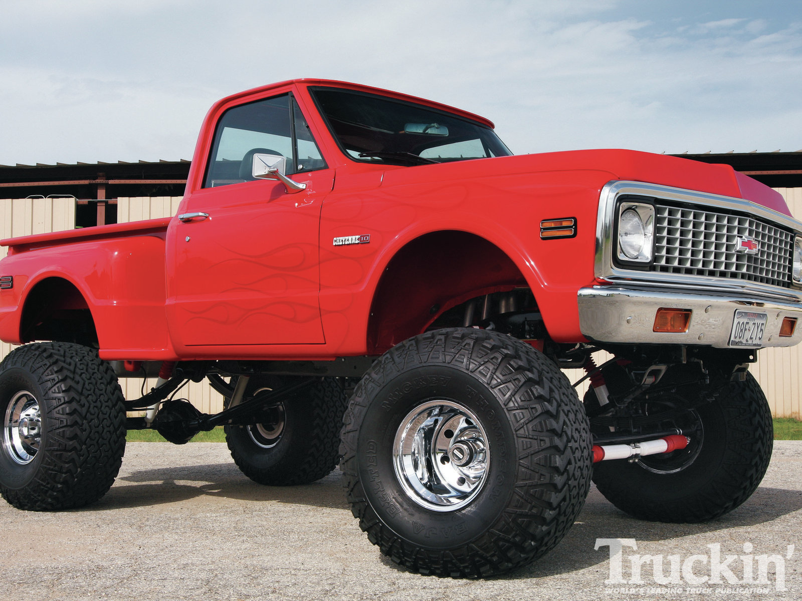 at this enormous Chevy C10 4x4 Pick up 1986 Chevrolet C10 1600x1200