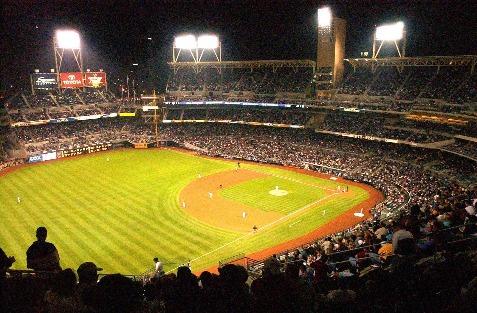 top desktop baseball wallpapers 18 the baseball field wallpaperjpeg 1600x1050
