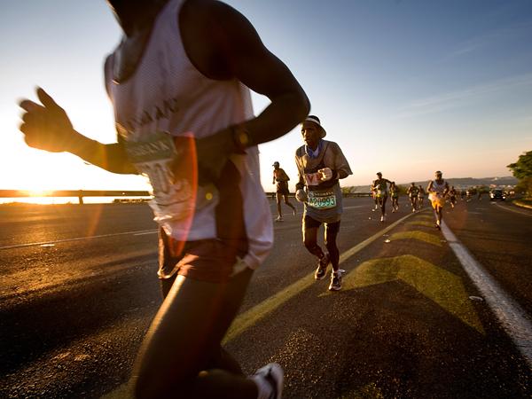 Marathon Runners Wallpaper Photo people running the 600x450