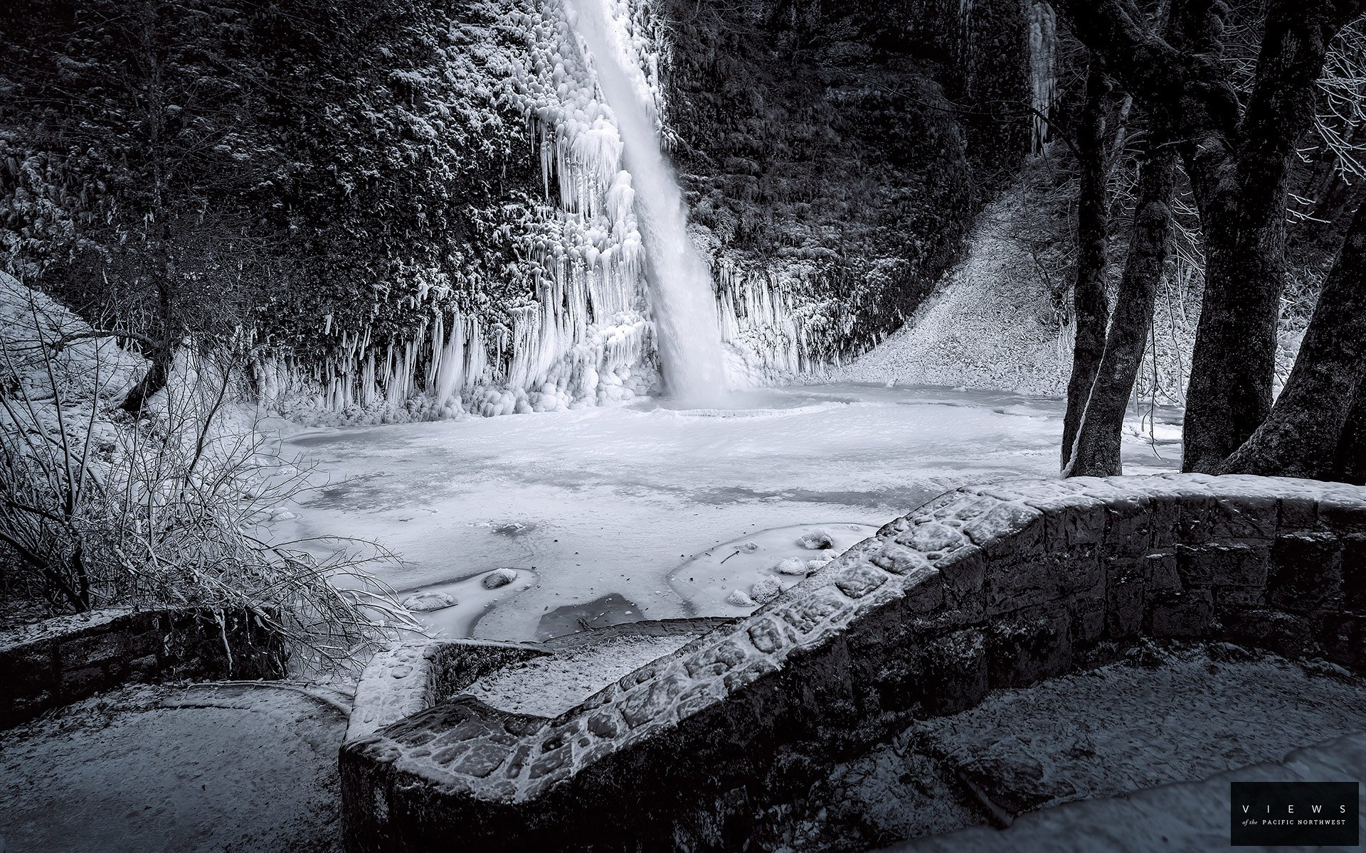 Waterfall BW Winter Snow wallpaper 1920x1200 197350 WallpaperUP 1920x1200