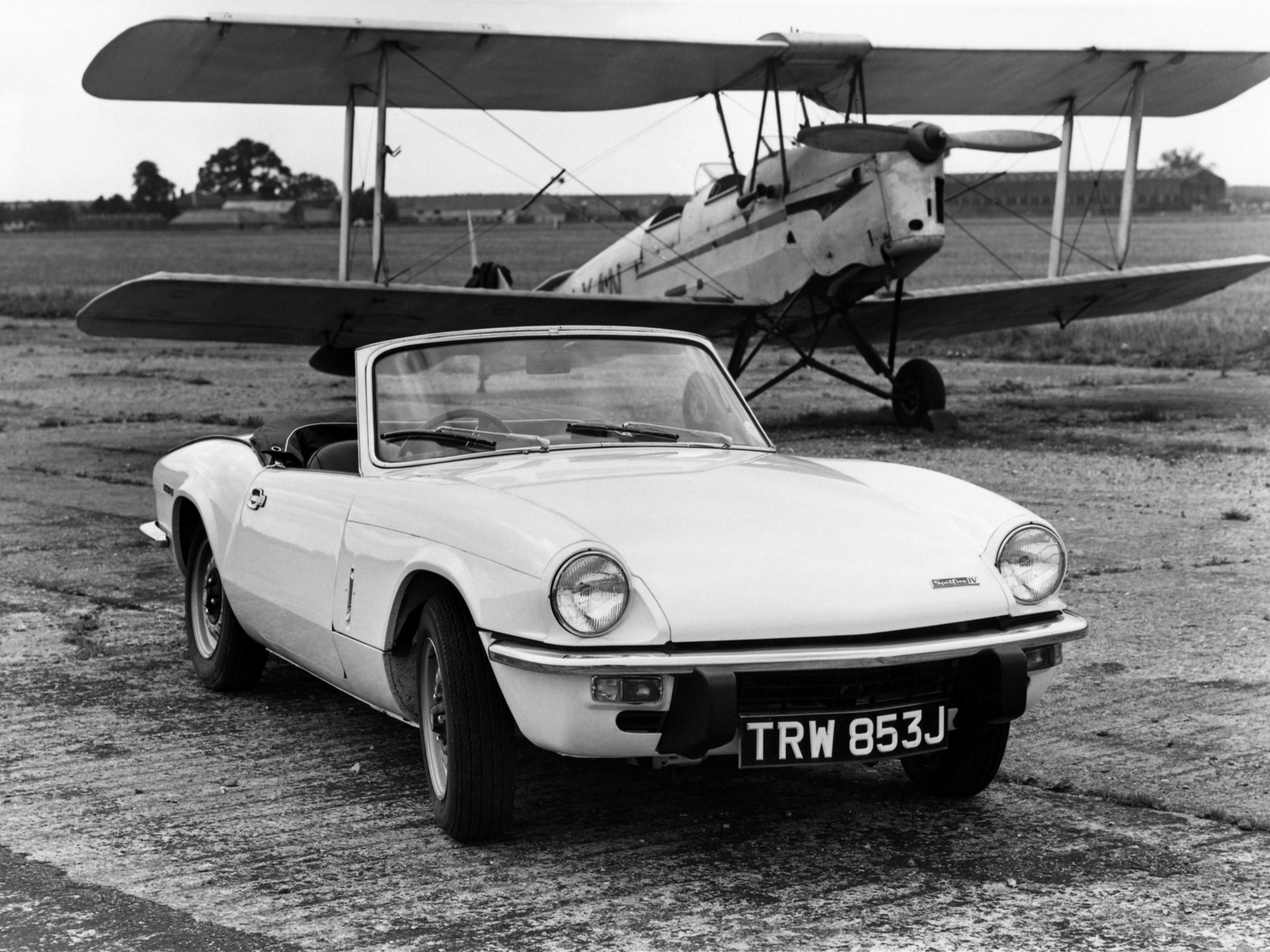 1970 Triumph Spitfire MkIV classic g wallpaper 2048x1536 187711 2048x1536