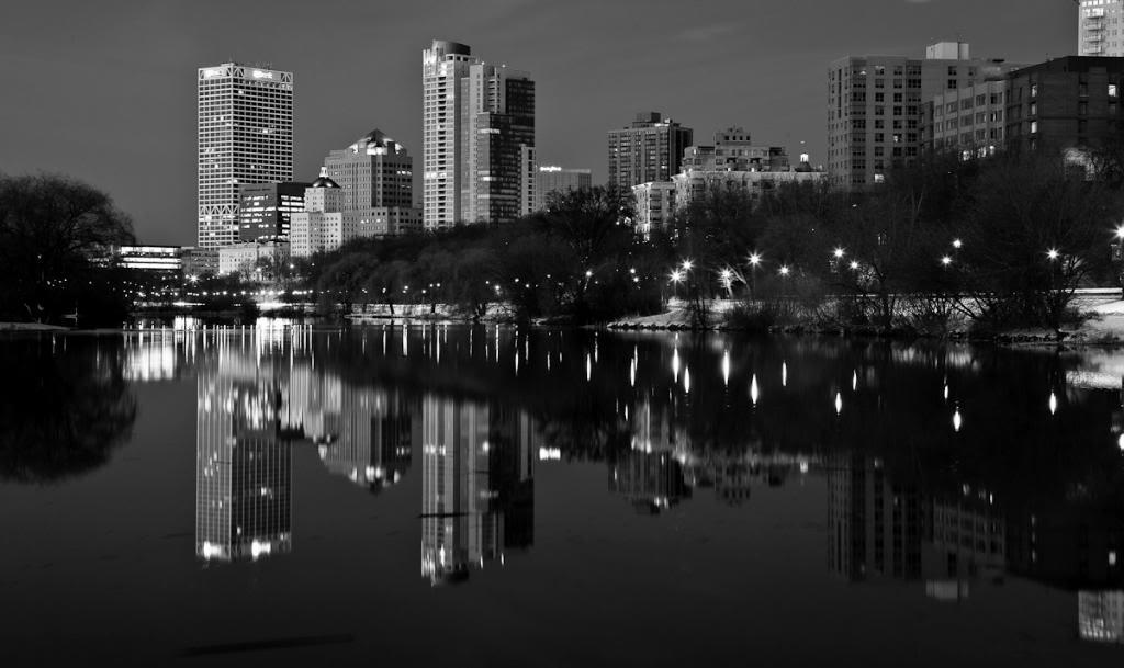 Milwaukee Skyline Image 1024x609