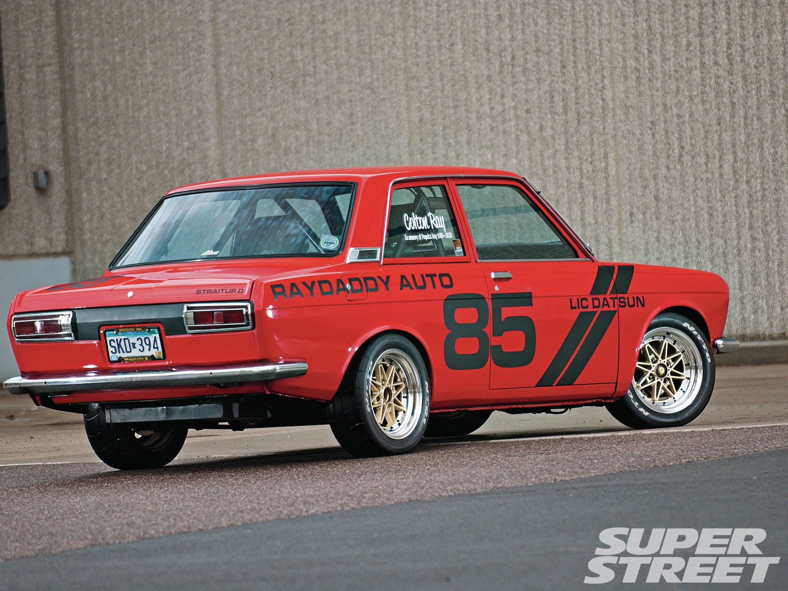 Datsun 510 Wallpaper 1600x1200