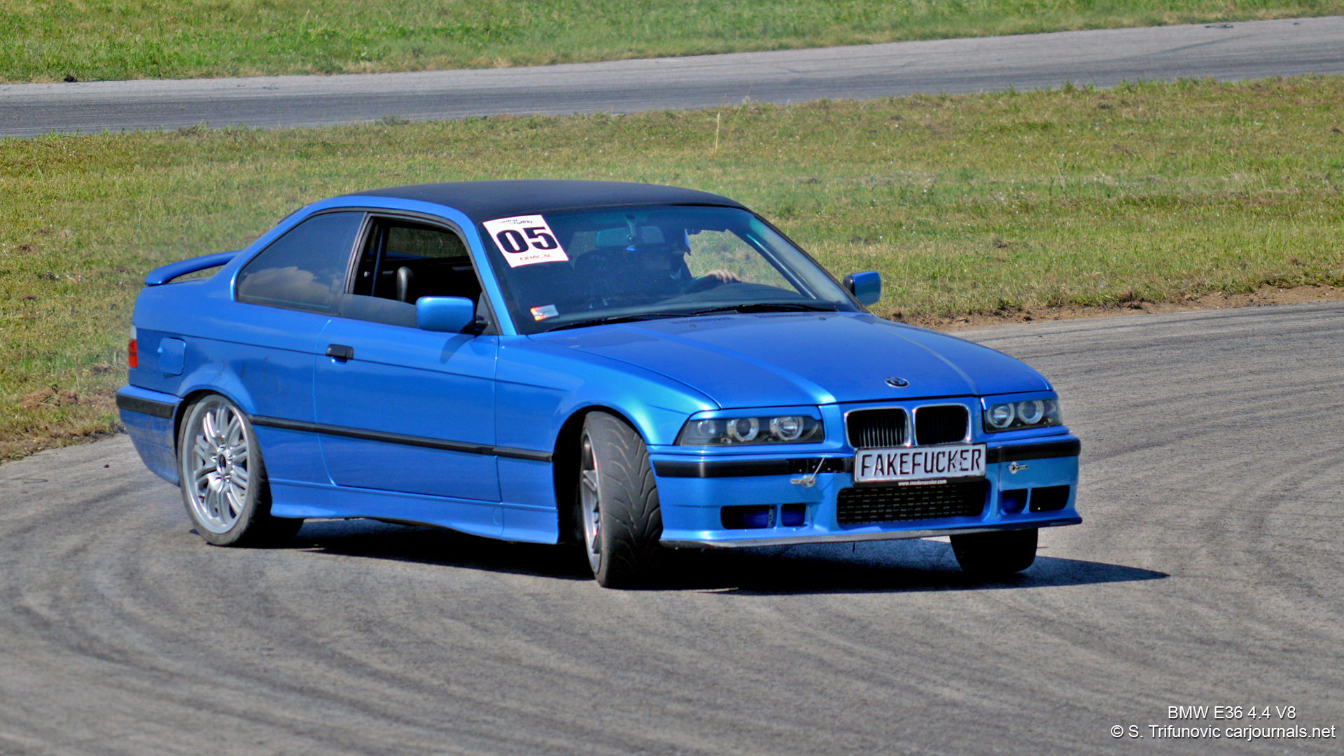 HD Car Wallpaper BMW E36 44 V8 Car Journals 1920x1080