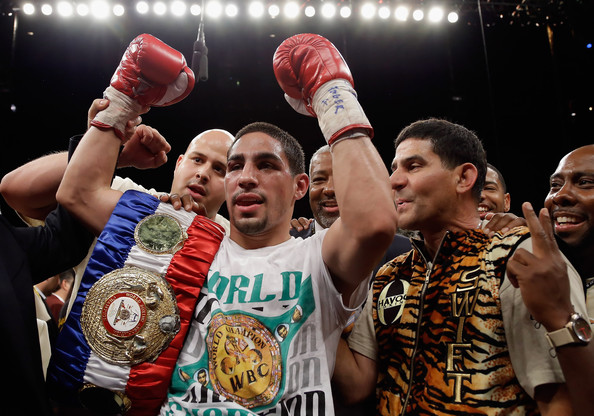 Amir Khan vs Danny Garcia 2012 New Sports Stars 594x416