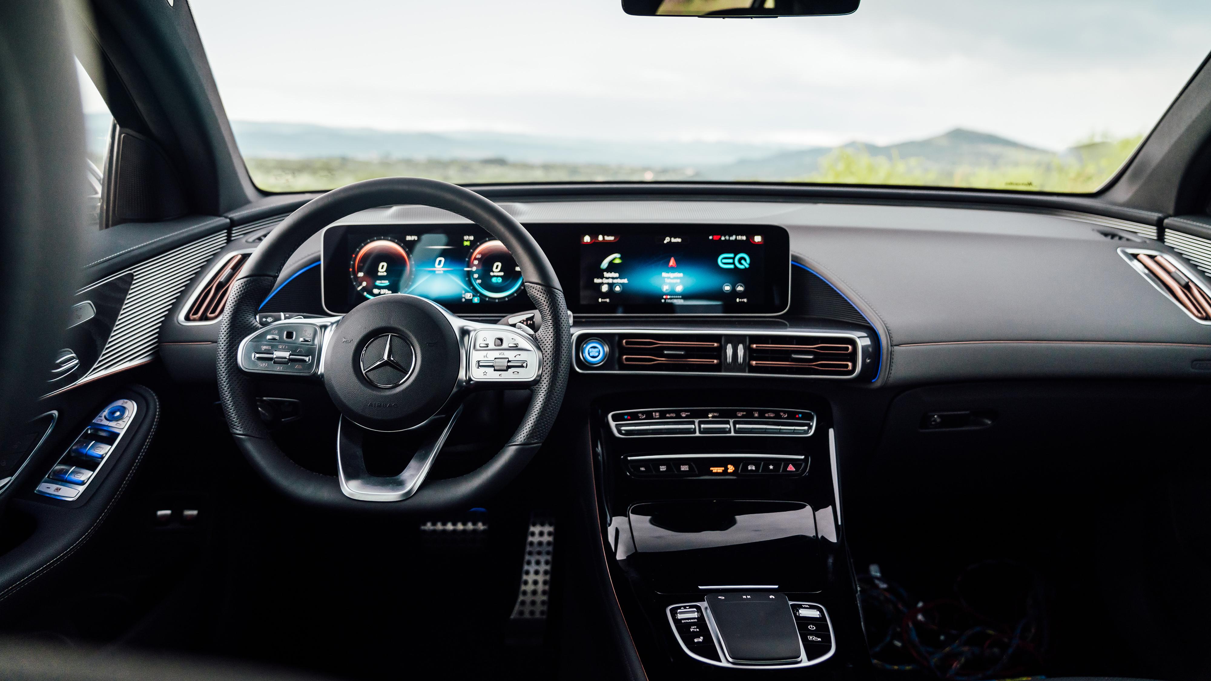 Mercedes Benz EQC 400 4MATIC AMG Line 2019 4K Interior Wallpaper 4000x2250