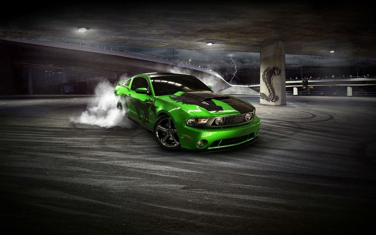 Free Car Wallpapers And Screensavers: Ford Mustang Wallpapers And Screensavers