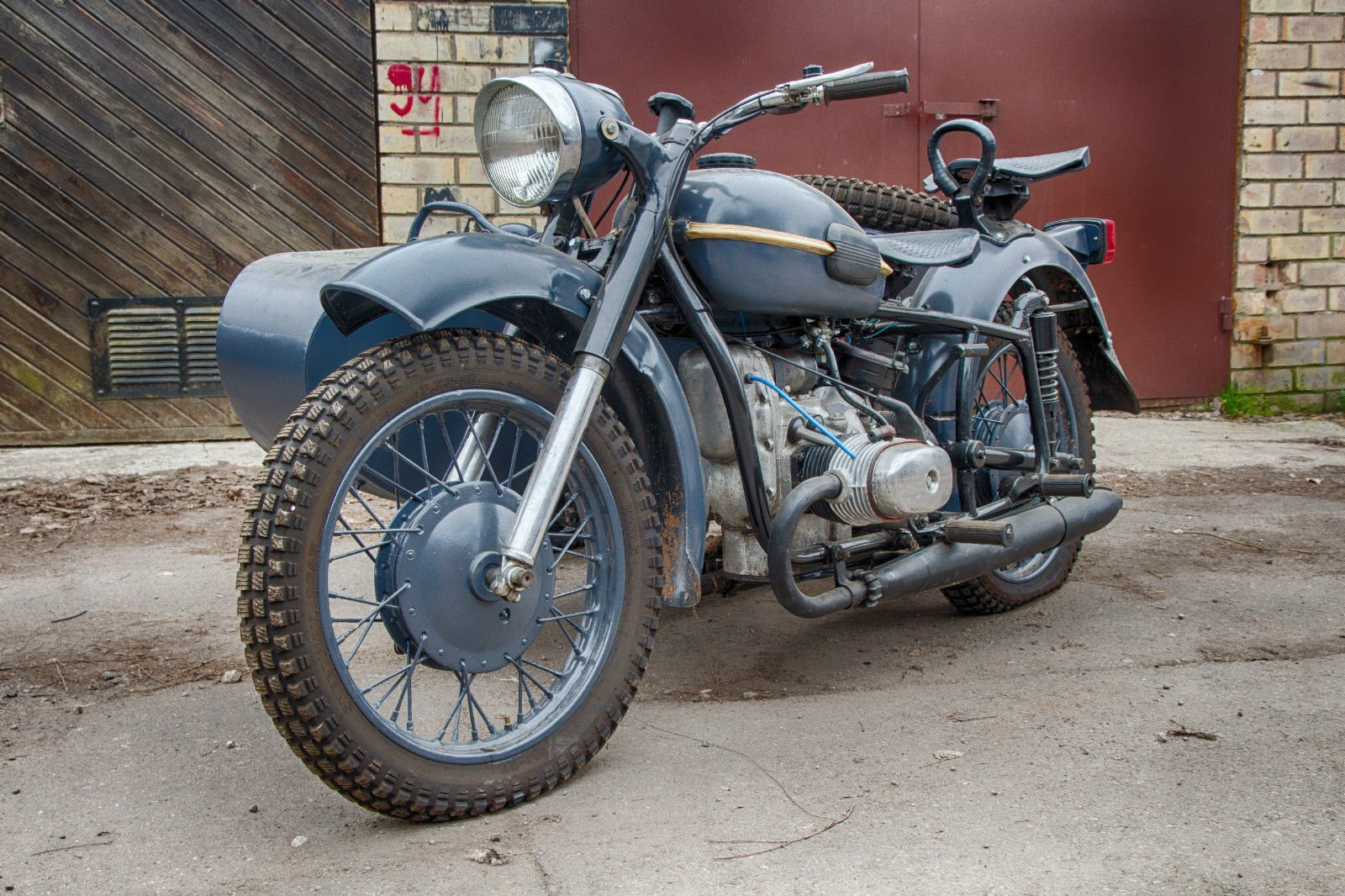 Dnepr MT 9 Vintage Soviet Army motorcycle custom motorbike 1600x1066