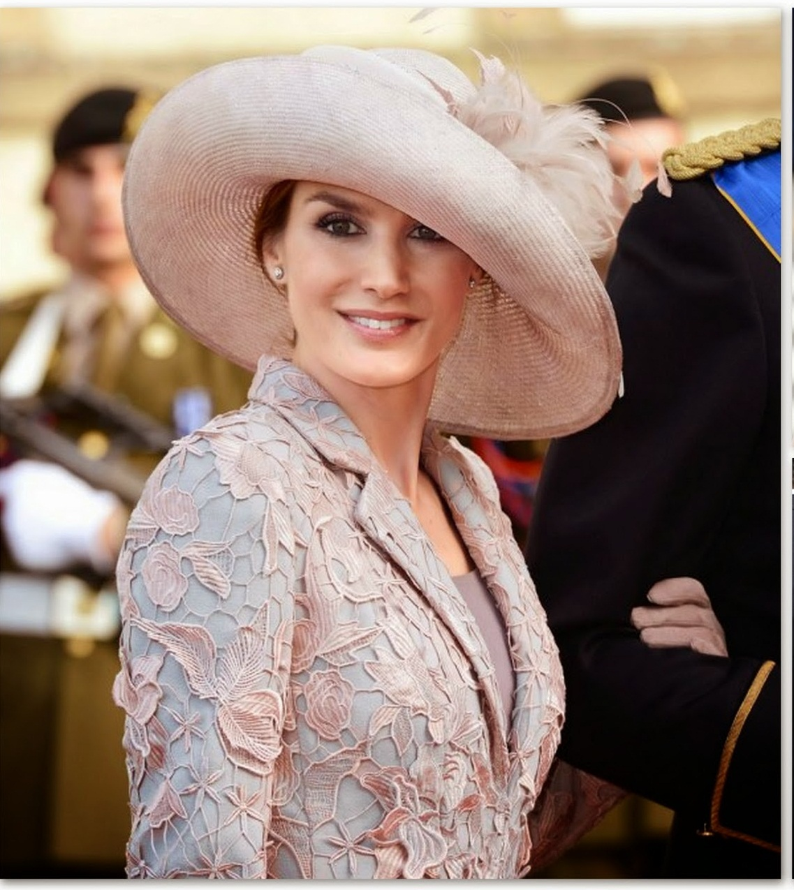 of spain queen letizia of spain photo 716259 0 vote 1137x1275