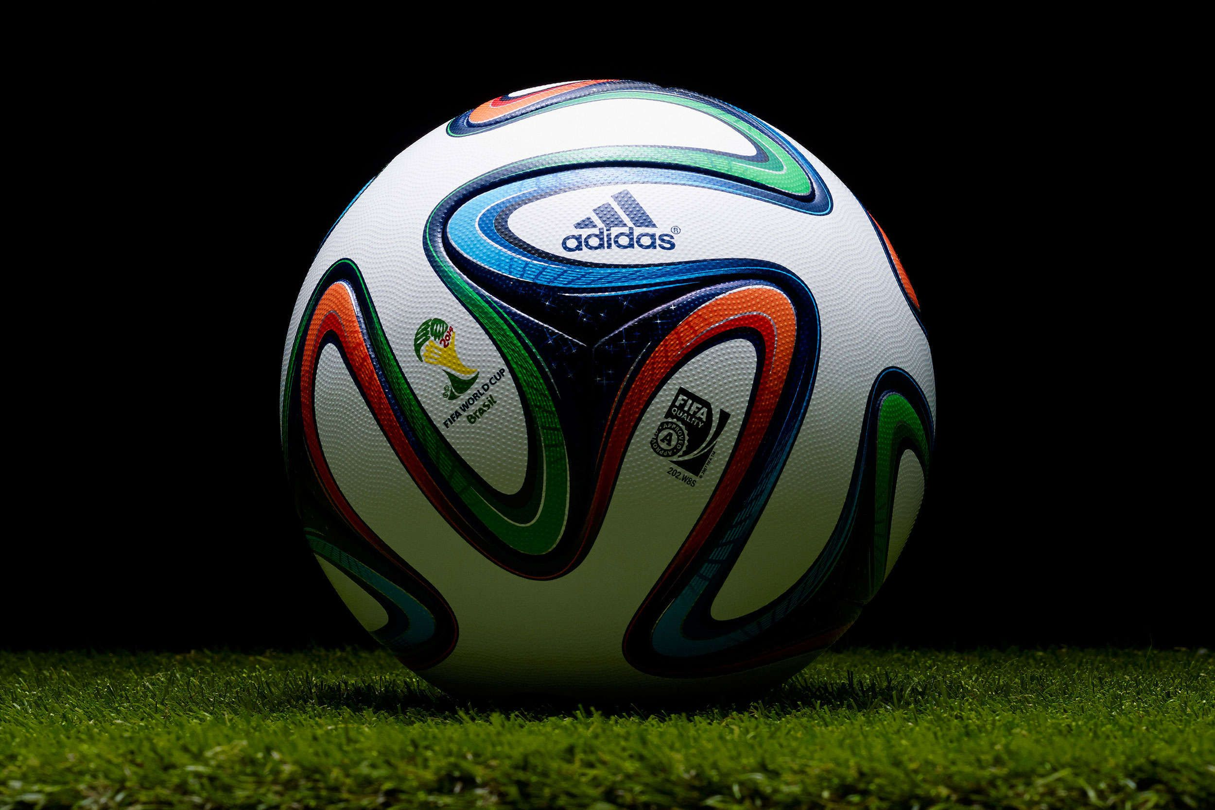 Football Wallpapers HD Backgrounds Images Pics Photos 2500x1668