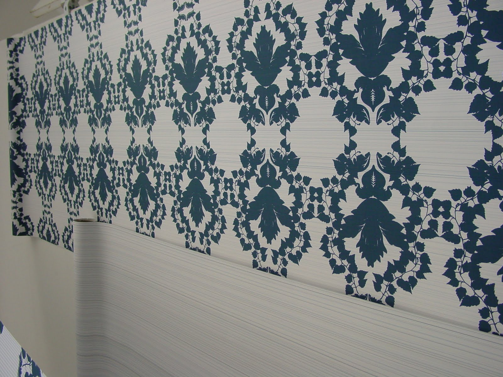 High end designer wallpaper companies such as Designers Guild and 1600x1200