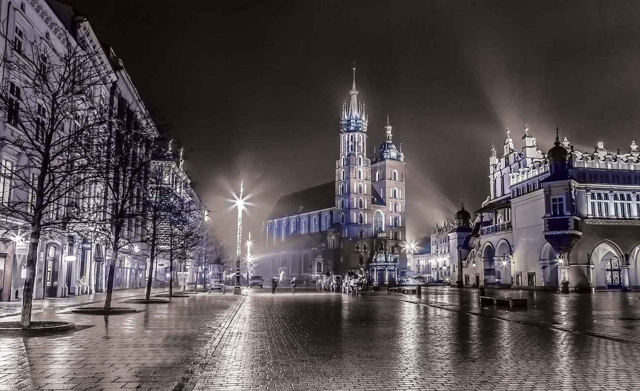 City Skyline Krakow Wall Paper Mural Buy at EuroPosters 1300x794