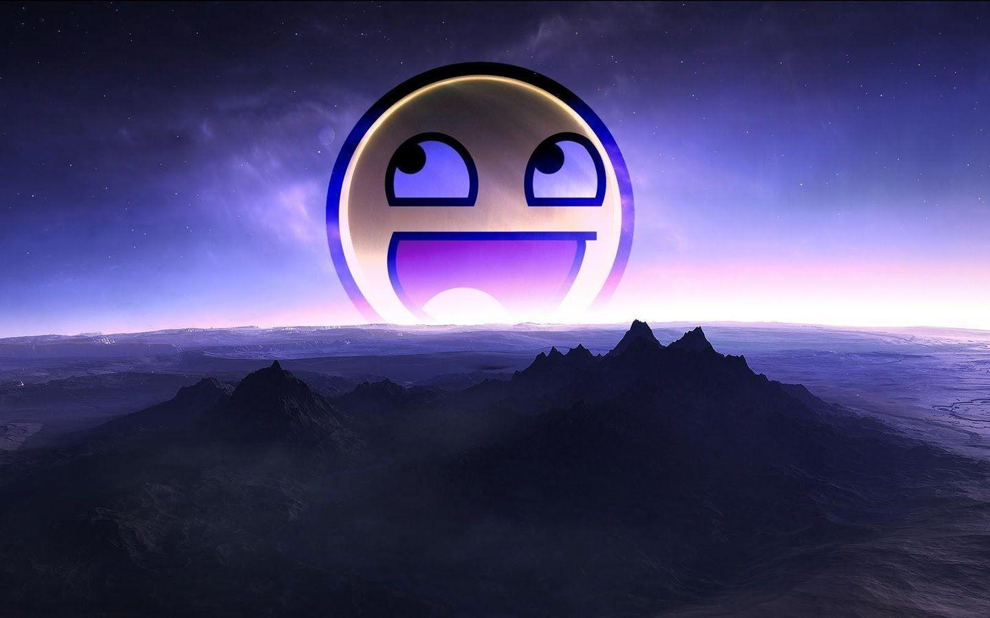 Awesome Smiley Face Wallpapers 1440x900