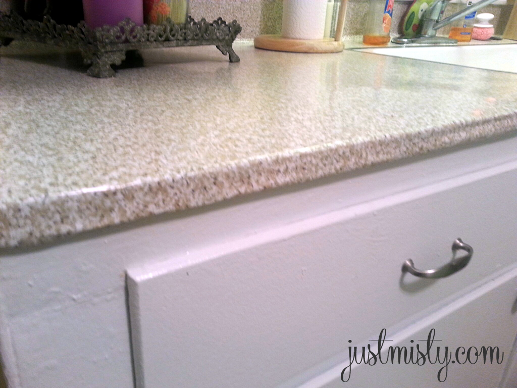 DIY Redo your laminate or formica counter tops with contact paper 1024x768