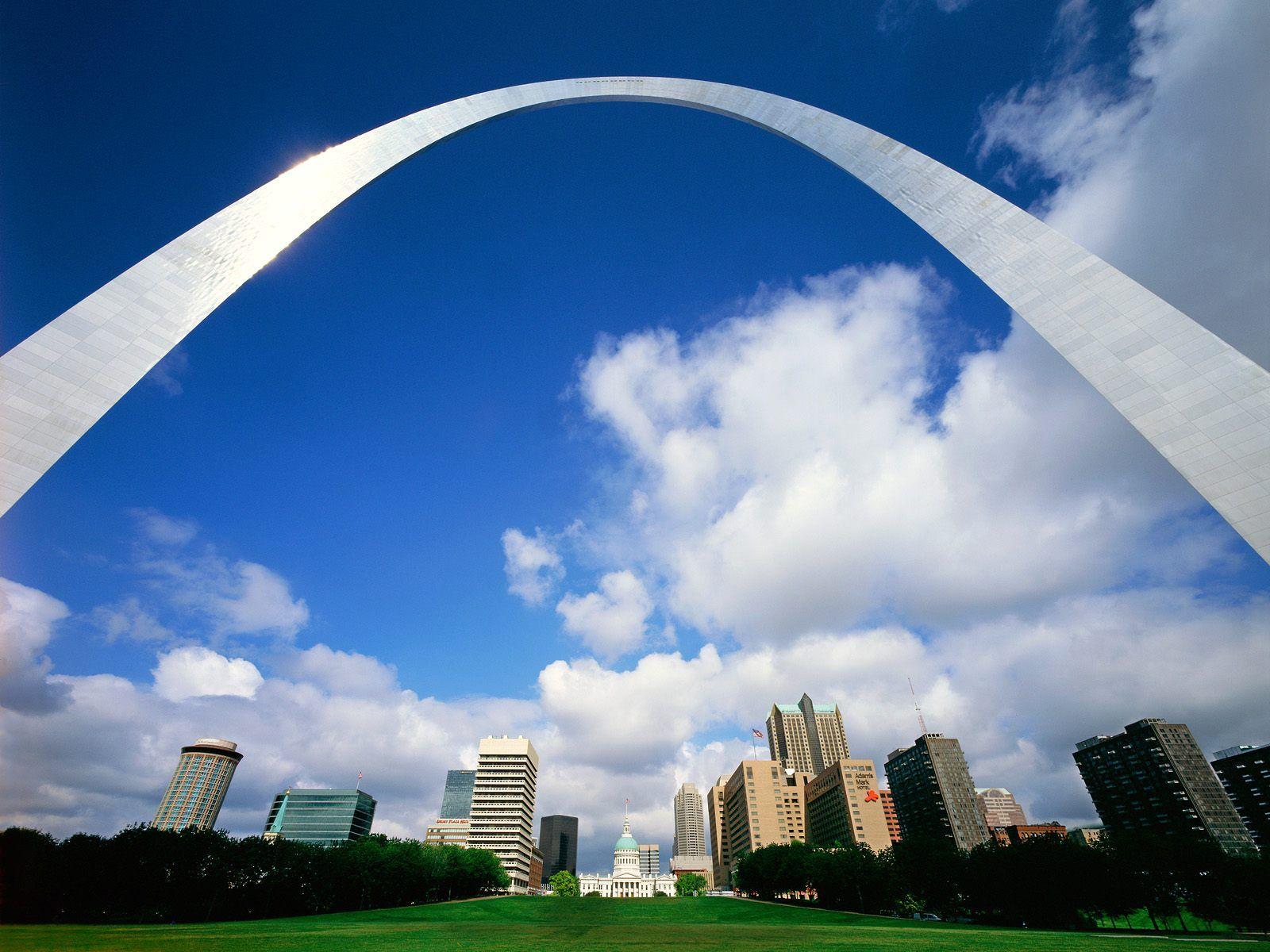 St Louis Missouri postcard Gateway Arch St Louis Missouri wallpaper 1600x1200