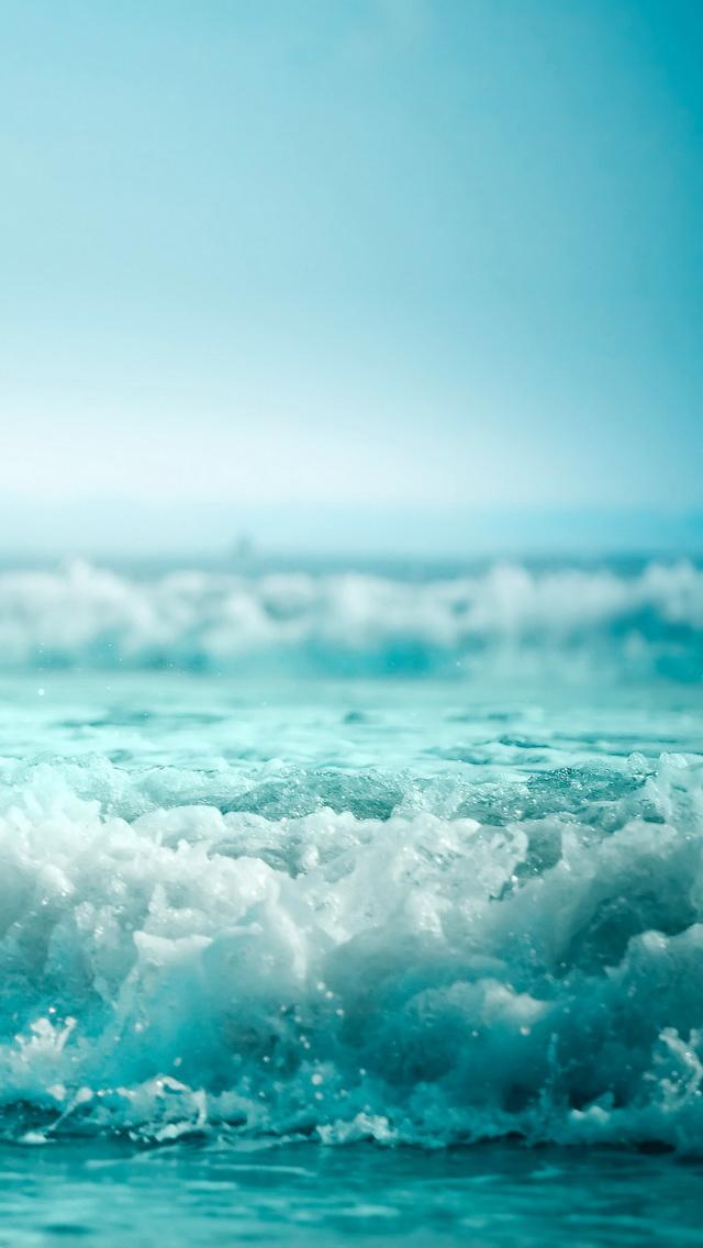 Ocean waves iPhone 5 Wallpaper 640x1136 640x1136